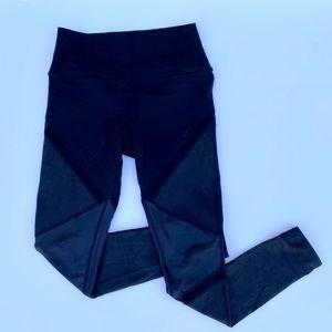 ALO YOGA BLACK PANTS WITH MESH STRIPES - LIKE NEW